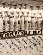 1935 KANSAS CITY MONARCHS TEAM PHOTO.
