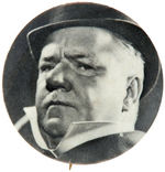 W.C. FIELDS  IN HIS DAVID COPPERFIELD 1935 MOVIE ROLE ON 1965 BUTTON.